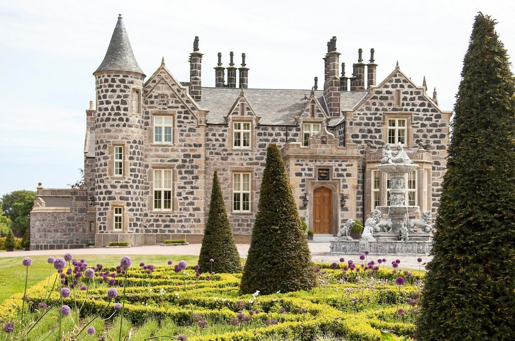 Image for One-Night Getaway for Two People at MacLeod House & Lodge